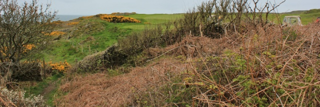 03 Brighouse Bay golf club, Ruth walking the coast of Scotland to Gatehouse of Fleet