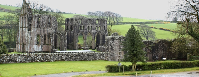 05 Dundrennan Abbey