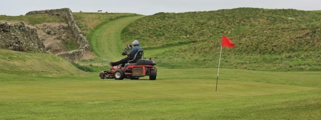 07 golf course,Ruth walking the coast of Scotland to Gatehouse of Fleet