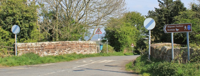 25 road to Wigtown Harbour, Ruth's coastal walk, Dumfries and Galloway, Scotland