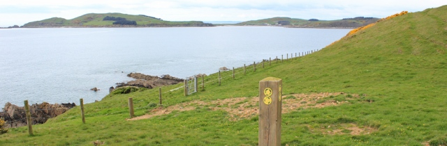 31 footpath along edge of Kirkcudbright Bay, Ruth's coastal walk Dumfries and Galloway
