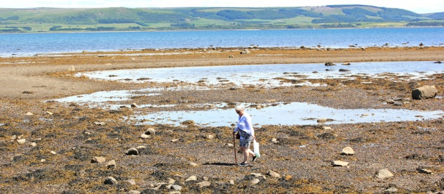 26 walkers on the beach, Stranraer, Ruth Livingstone