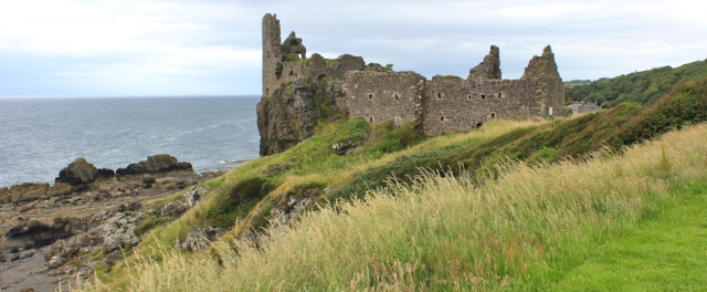 21 Dunure Castle, Ruth hiking the Scottish coast, Ayrshire