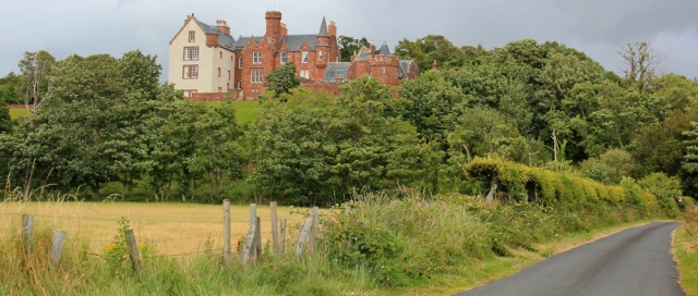 37 Skelmorlie Castle, Ruth LIvingstone hiking the Scottish coastline