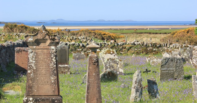 13 Burial ground, Loch Stornoway, Ruth's coastal walk around Scotland