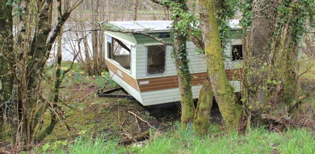 21 trashed caravan, Ruth's coastal walk around Kintyre, Scotland