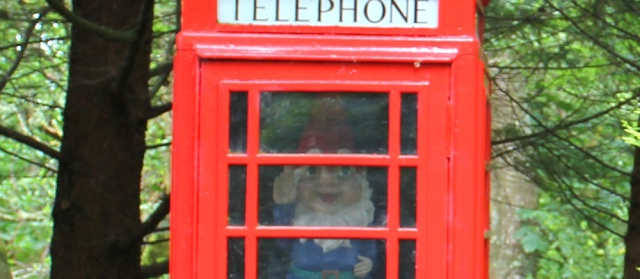 14 gnome in telephone box, Melford Pier, Ruth's coastal walk around Scotland