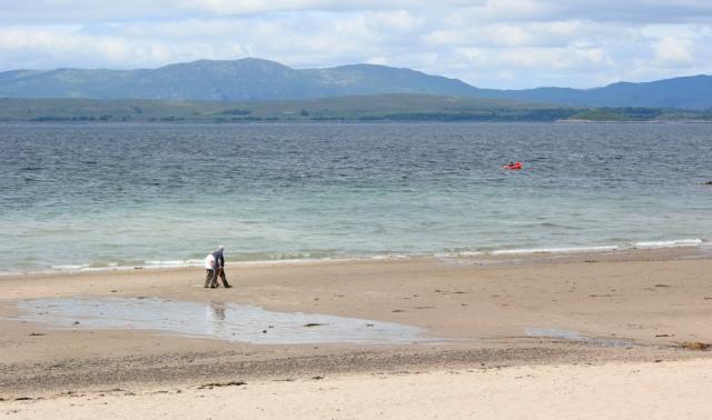 22 Ganavan Bay, near Oban, Ruth walking the coast of Scotland