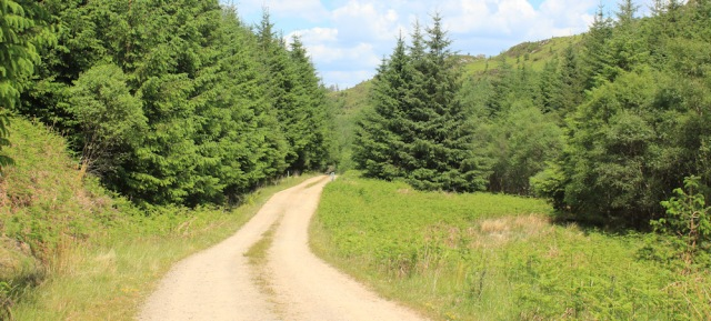 22 long track to Crinan, Ruth Livingstone hiking through Scotland