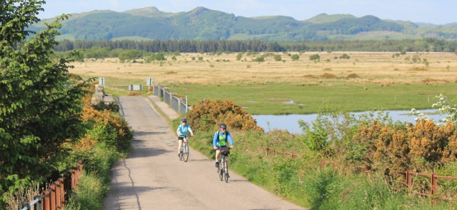 45 cyclists, Bellaloch, Ruth's coastal walk, Crinan Canal