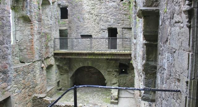 51 inside Carnassarie Castle, Ruth Livingstone