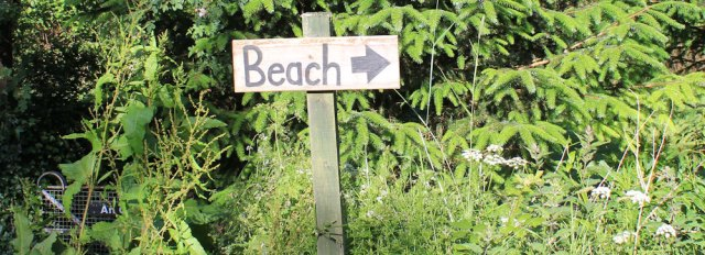 02 signs to the beach, Benderloch, Ruth's coastal walk in Scotland
