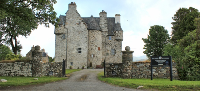 35 Bercaldine Castle, Ruth's coastal walkaround Scotland