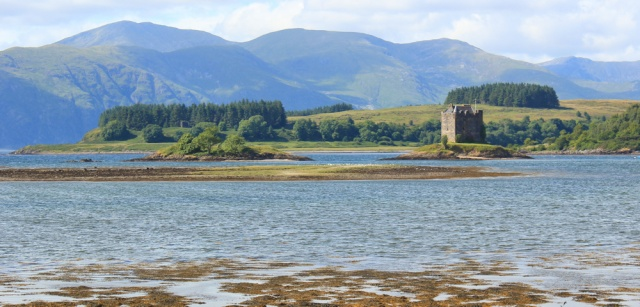 72 Castle Stalker, Ruth hiking to Appin