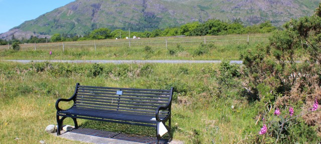 06 memorial bench to Murdo John Mackillo, Ruth's coastal walk around Scotland