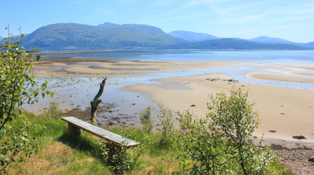 19 lunch spot, overlooking Loch Linnhe, Argour area, Ruth in Scotland
