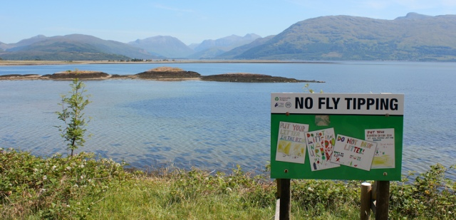 22 no fly tipping, Loch Linnhe, Ruth hiking around Scotland