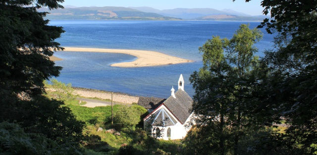 53 Camanacroise church, Ruth's coastal walk around Scotland
