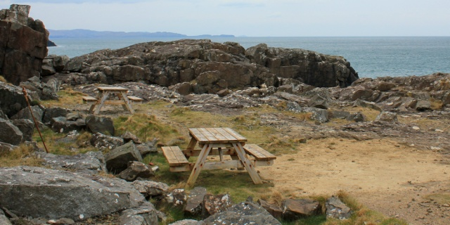 picnic area Ardnamurchan lighthouse, Ruth Livingstone in Scotland