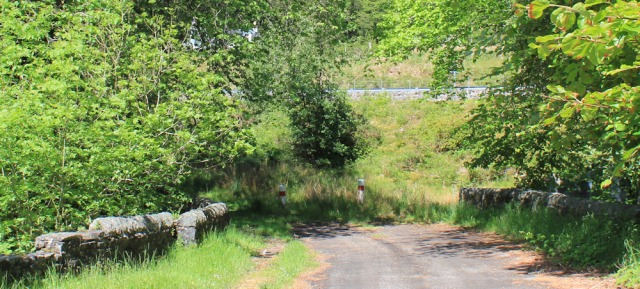 34 dead-end at Borrodale House, Ruth walking to Arisaig, Scotland