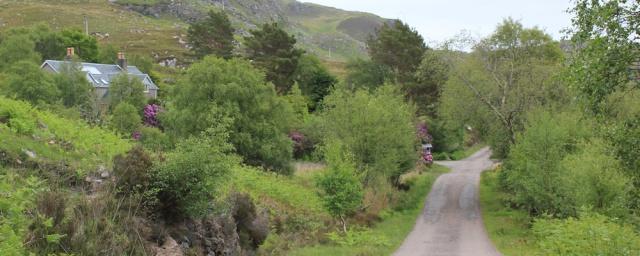 02 road to Tarbet, Ruth's coastal walk around Scotland