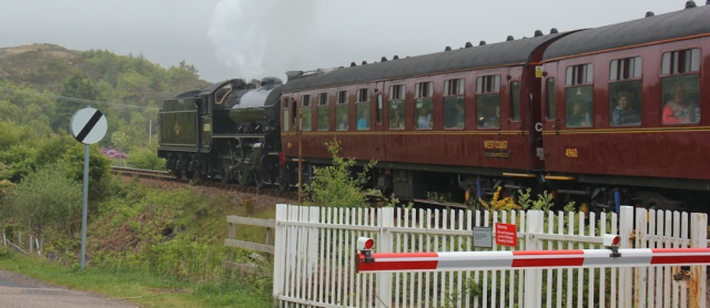 30 Hogwarts Express passing through Morar