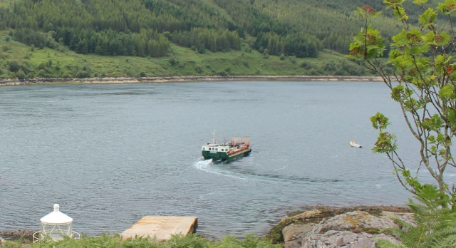 Kylerhea ferry going upstream, Ruth Livingstone