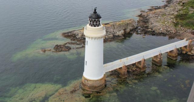 40 Kyle lighthouse, Ruth crossing Skye Bridge, coastal walk