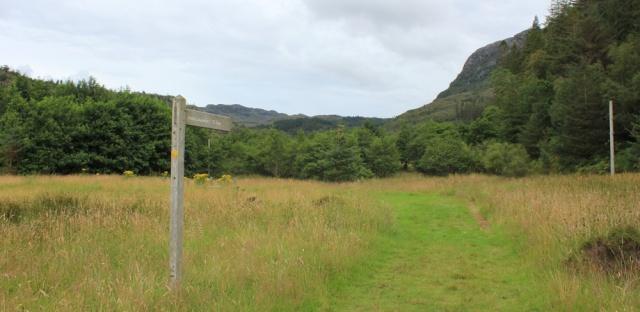 10 footpath to Leacanasigh, Ruth walking the coast of Scotland