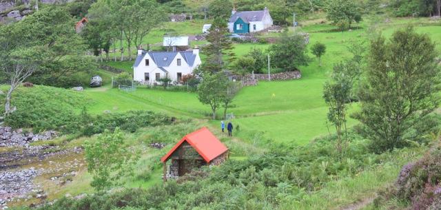 036 Rechullin, Ruth walking the coast from Torridon, Scotland